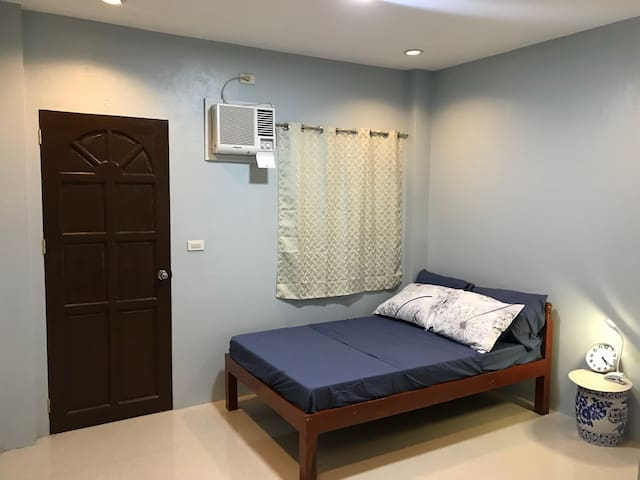 NEW Private Unit / Room 4 in Central Dumaguete