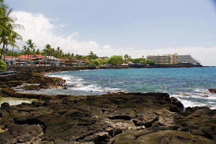 Situated in the heart of Kailua-Kona