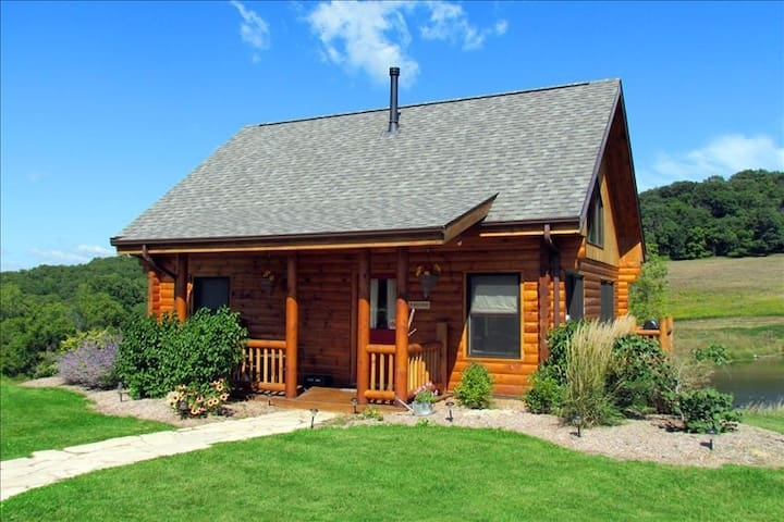 Lorelei Cabins, beautiful views! - Dubuque