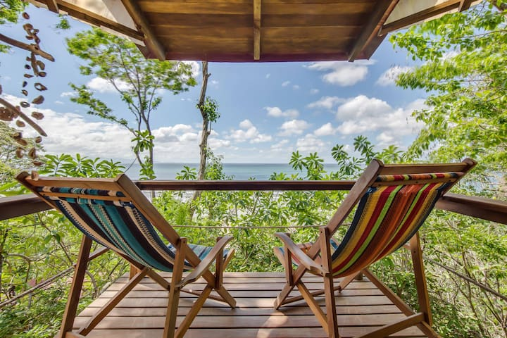 "Costa Dulce, Surf, Yoga & More ""El Nido Cabin"""