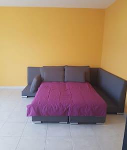 Sofá cama en depa compartido:) - Ciudad de México