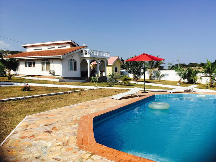 Unwind in a charming oasis near Accra (East house)