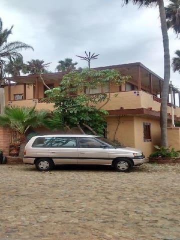 Hermosa casa en la playa de Cantamar Rosarito BC - Rosarito - Ev