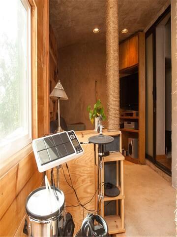 Bristol Luxury Garden Apartment  2120