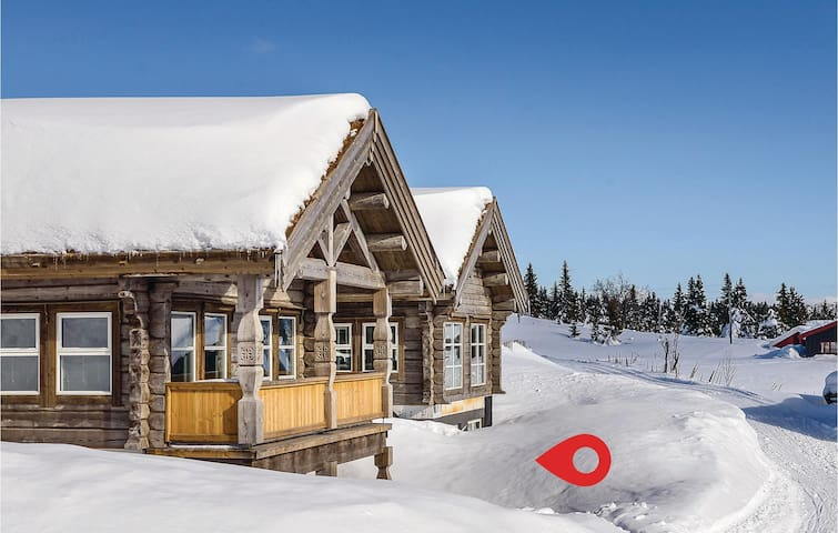 Holiday apartment with 1 bedroom on 35m² in Sjusjøen