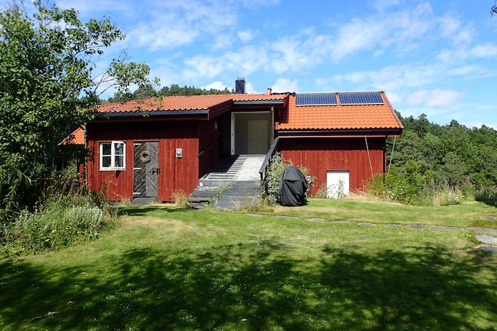 Høvåg - Countryside guesthouse by the sea