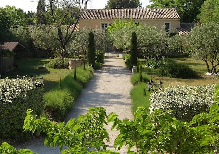 Mas Soligé Lavande room Provence Mont Ventoux