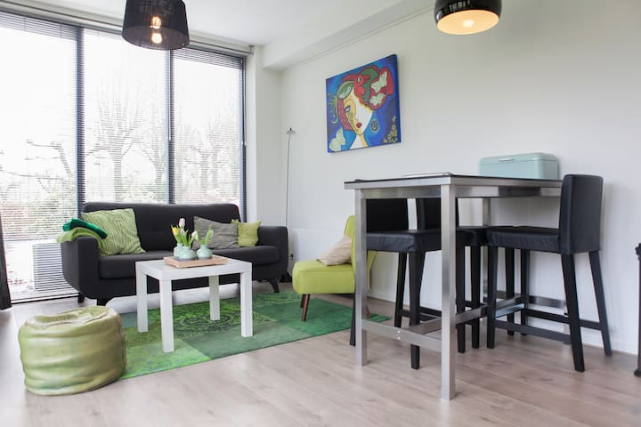 3p. apartment in green surroundings - Utrecht - Leilighet