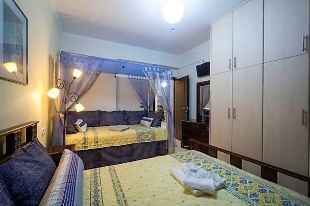 Minoan Art Bedroom