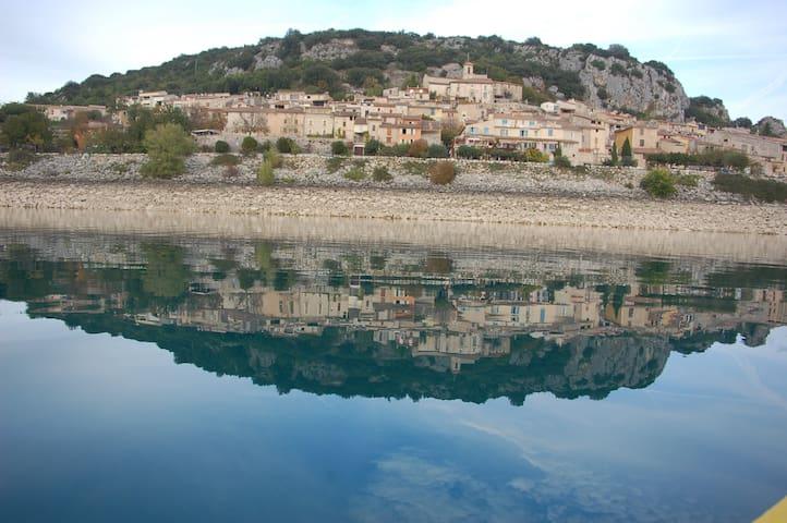 Maison de village  lac ste croix - Bauduen - Dom