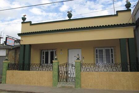 Villa El Caney * Internet Wifi available *