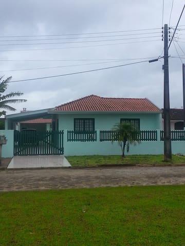 CASA EM SHANGRI-LA - LITORAL DO PARANA - Pontal do Paraná - Ev