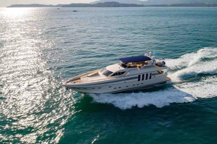 Sea Yacht for rent and charter