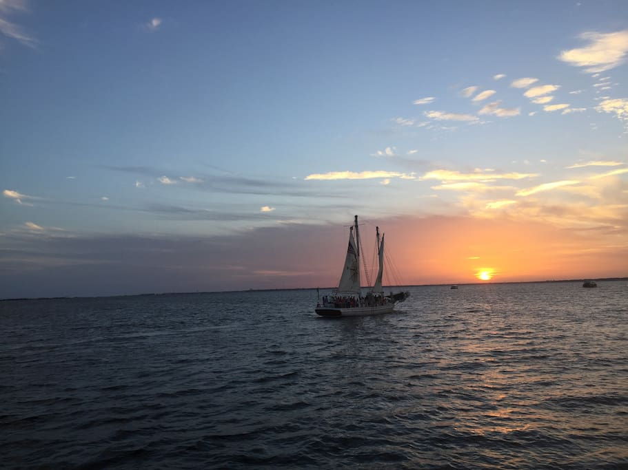 Sunset cruises available nearby