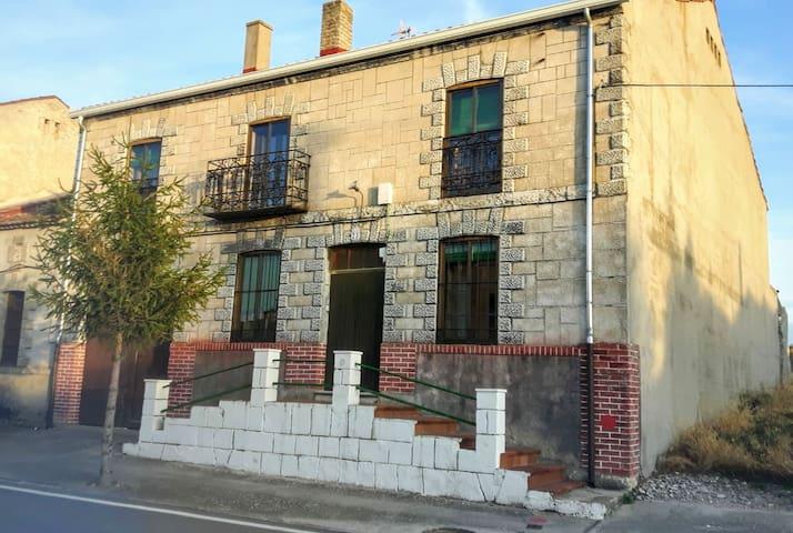 Casa rural de labranza para 17 personas