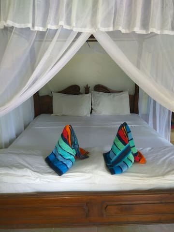 Coral bay bungalows  superior double room