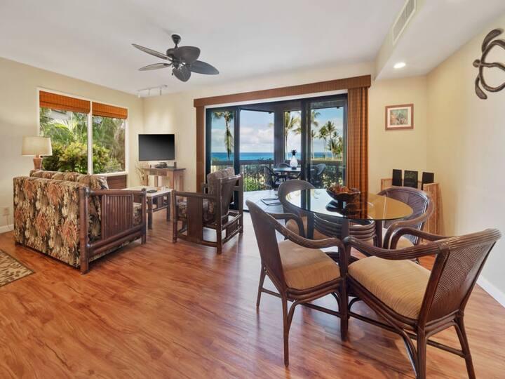 Ocean Vista+Island Vibe! Wood Floors, Modern Kitchen, WiFi, TV, Lanai Kanaloa 1601