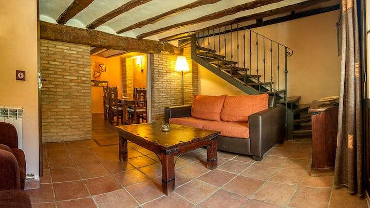 EL SOLANAR (Apartamentos Los Aljezares) en Gea