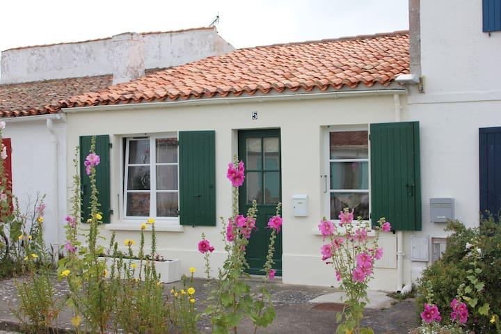 Maison de famille avec jardin clos - Île-d'Aix - 獨棟