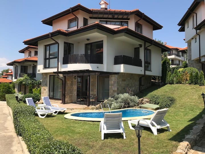 3 Bed Villa Apartment near Sunny Beach