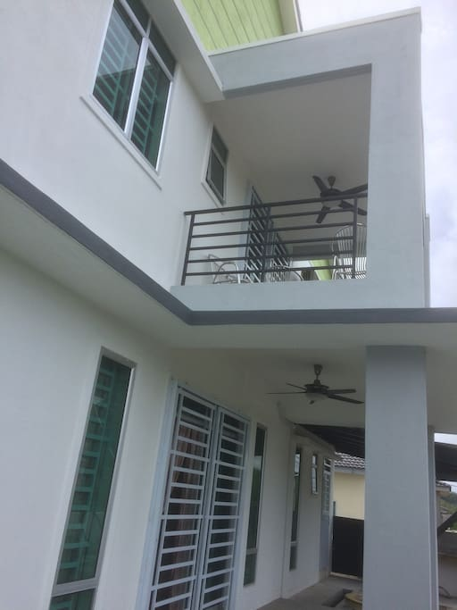 Side of the house (with balcony)