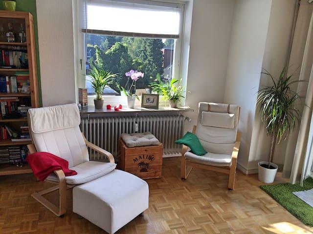 Helle Wohnung mit Dachterasse - Hamburg - Apartment