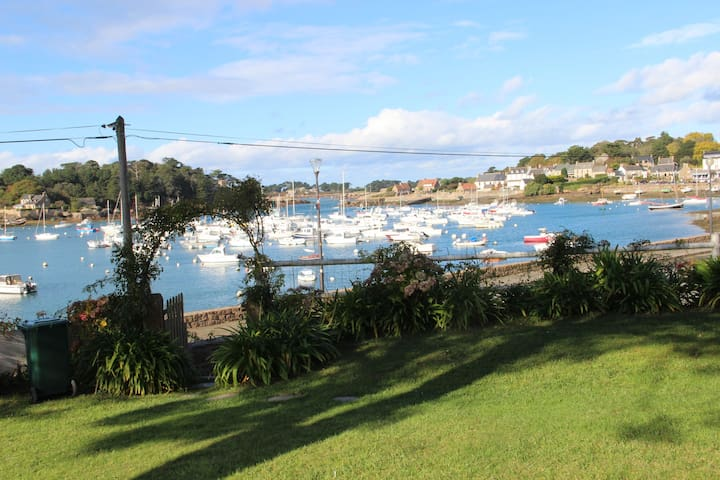 Villa- Port de Ploumanac'h-Vue Exceptionnelle - Perros-Guirec - วิลล่า