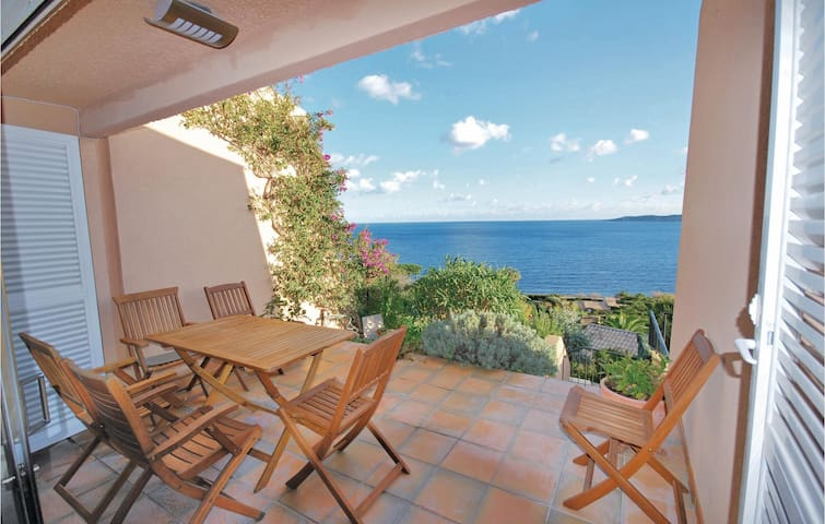 Terraced house with 3 bedrooms on 85m² in Ste Maxime
