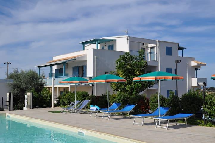 Residence con piscina - Donnalucata - Appartement