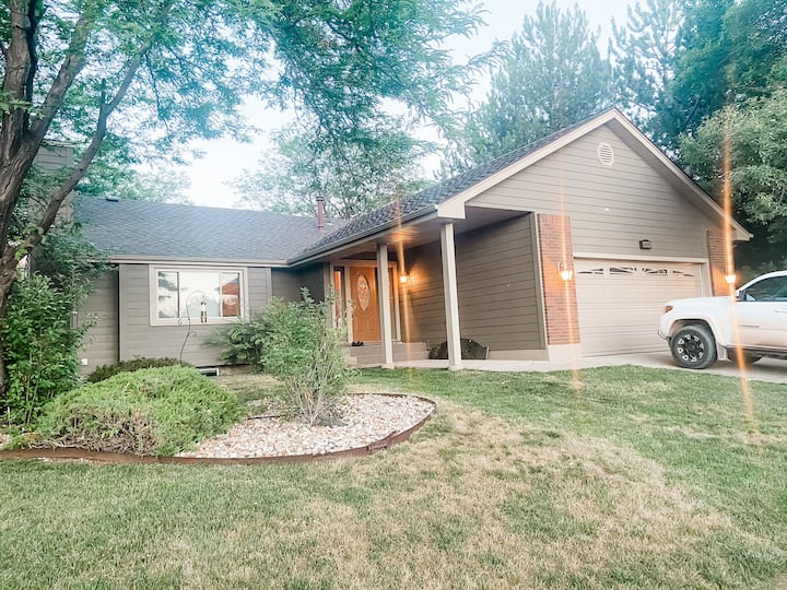 Elegant Ranch Style House-22 Miles To Mt. Rushmore