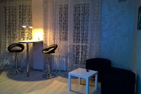 Уютная квартира. - Samara - Lejlighed