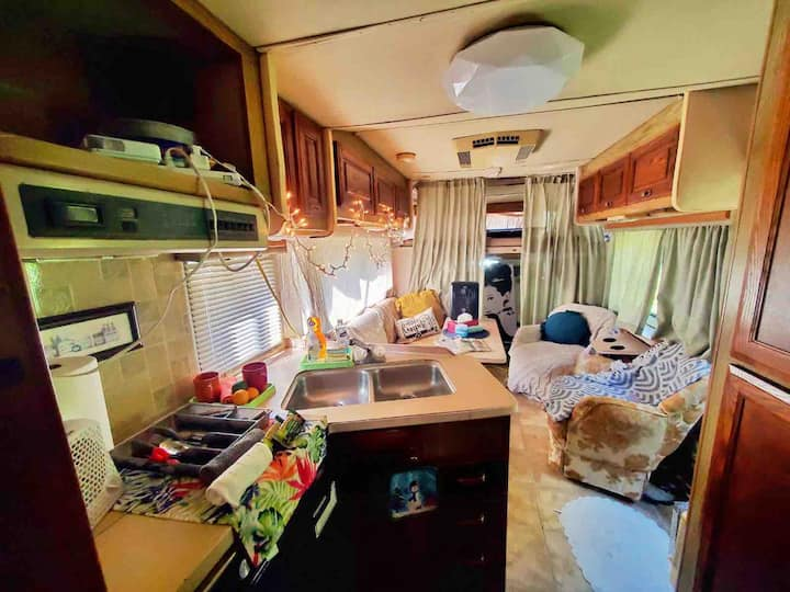 Zen Journey RV Suite w/Beautiful Backyard & Extras