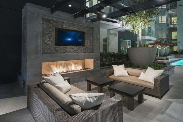 Luxurious Downtown L.A. Resort Apartment