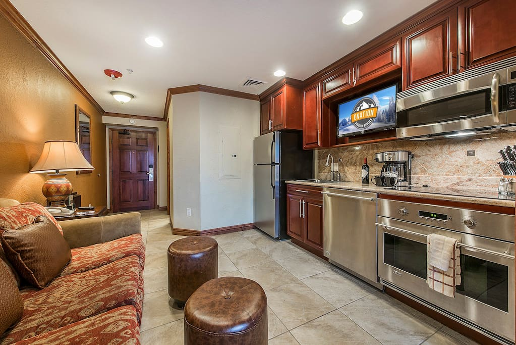 This is the only Studio in Westgate to have a full kitchen. Most have mini appliances, ours has all top of the line full size GE monogram stainless steel.