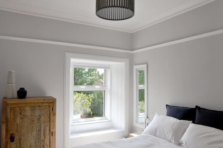 upstairs cosy double bedroom