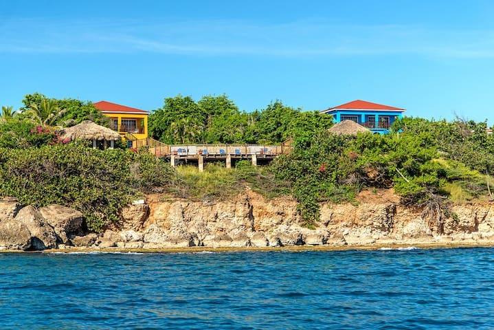 Two Contemporary Seaside Private Villas, Yeah Mon!