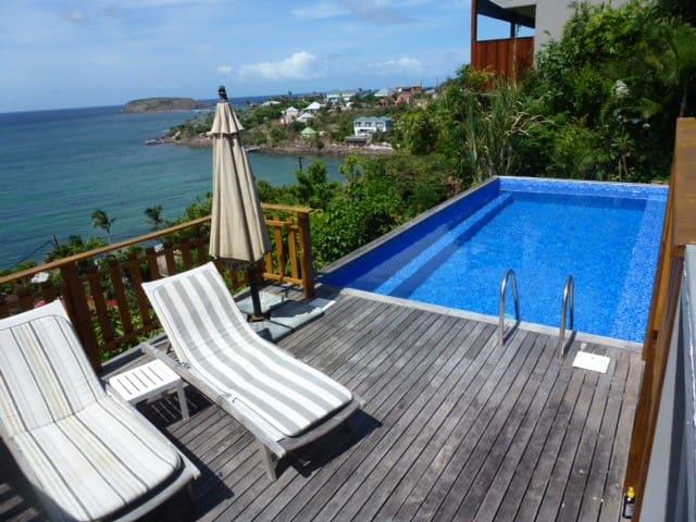 Ocean view studio located in Villa