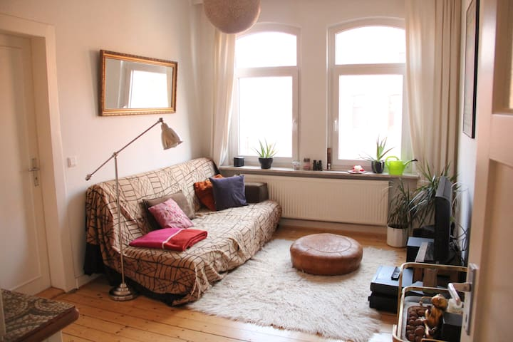 Beautiful city apartment, close to tram station