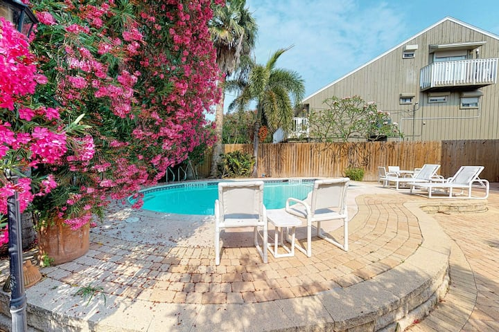 Central home w/ deck & private pool - 1 block to the beach!