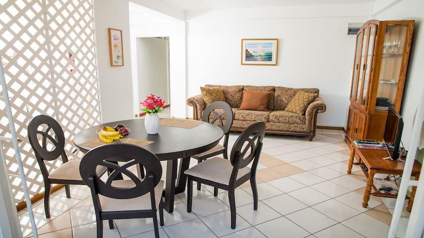 Villa Apartment, with Jacuzzi,  Near Golf & Beach