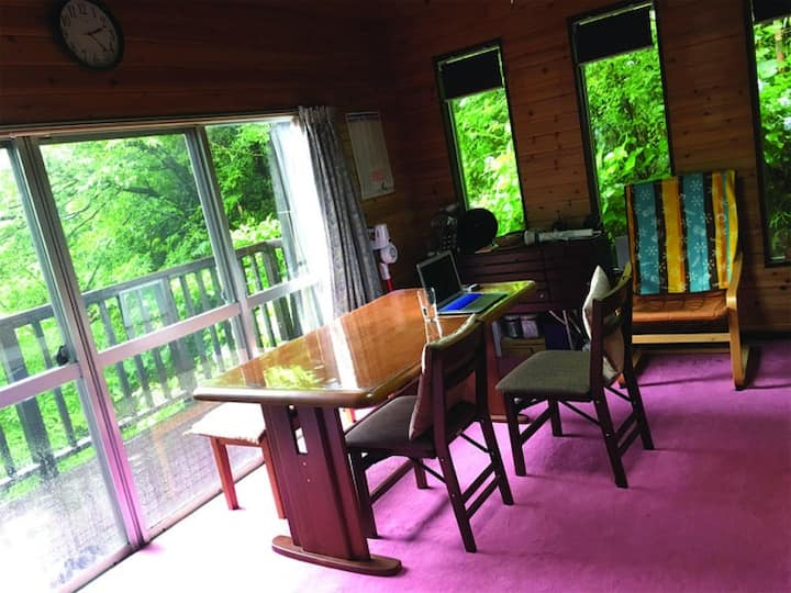 Izu mountain cottage surrounded by nature!