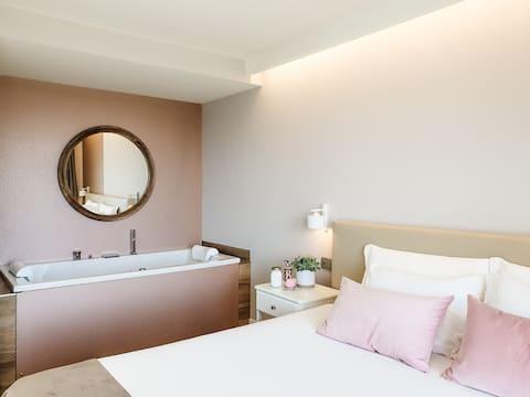 Rota Apartments - bilocale con jacuzzi Rugiada