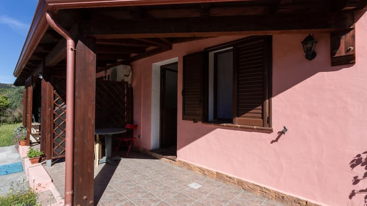 Casa vacanze indipendente nel centro di Chia.