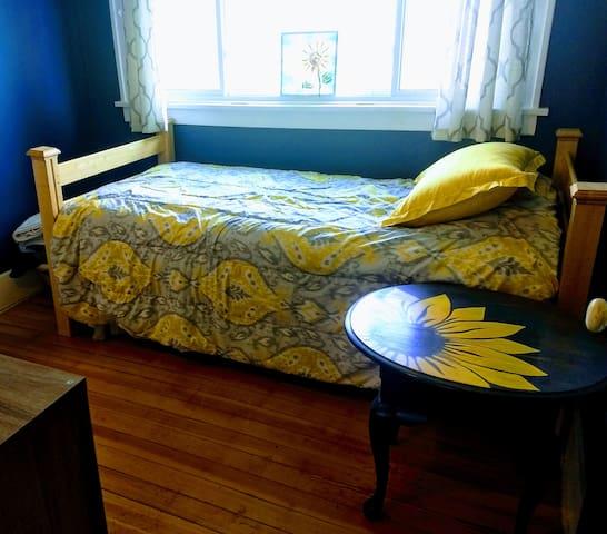 Bedroom #3 Twin Bed