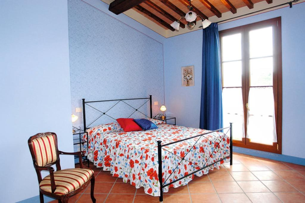 Camera matrimoniale (queen size bed)