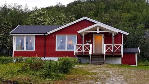 Nice lodge to experience the midnight sun