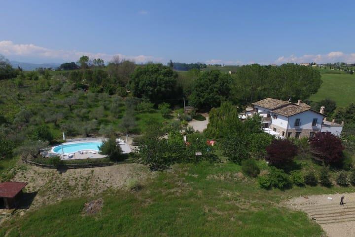Locanda Del Picchio - Camera Estate