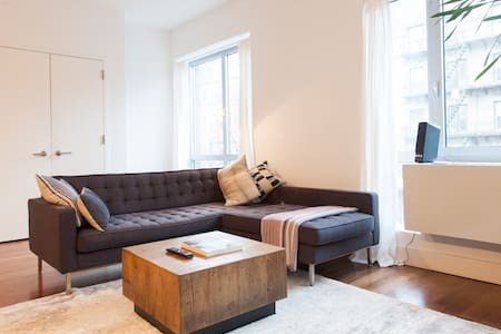 Bright  & Modern Williamsburg 1BR - Appartamento
