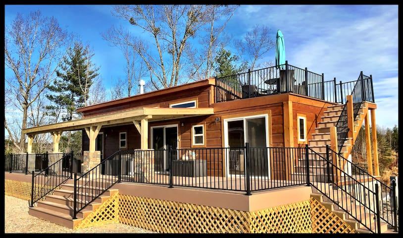 Star Gazer Cabin      (1/2 Mi. from Lake James)