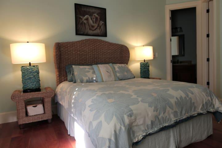 Mahalo Aina Sanctuary, Jasmine Room